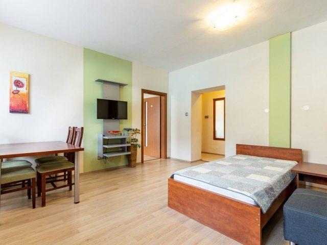 3 izbový tehlový byt ( 75 m2)  , KOŠICE-JUH, Topoľová ulica, NA PREDAJ