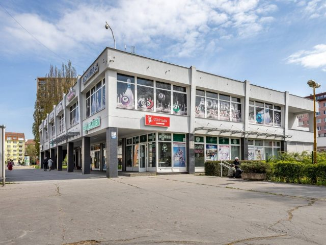 Na predaj polyfunkčná budova Košice I. Kuzmányho
